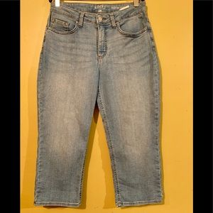 Riders By Lee Midrise  Capri Jeans 8